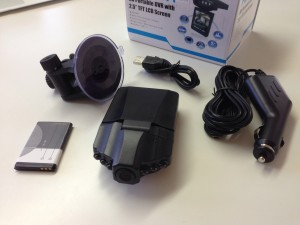 "PCカフェ HD Portable DVR with 2.5"" TFT"